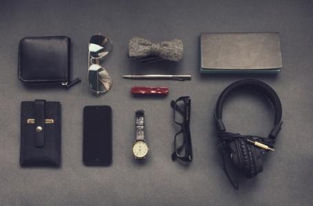 bow-tie-sunglasses-apple-iphone-medium